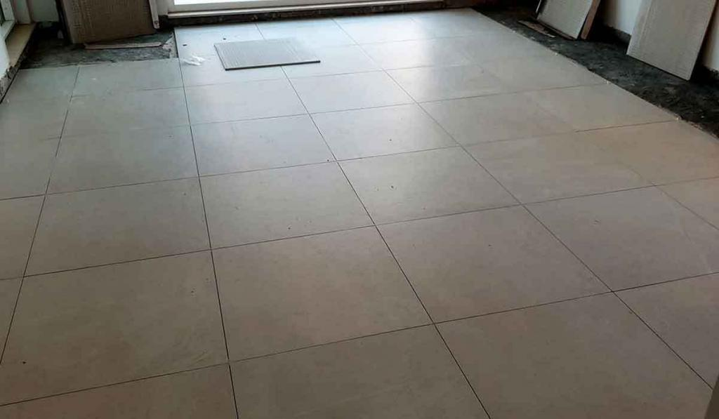 Cost-to-tile-a-floor-in-Dubai