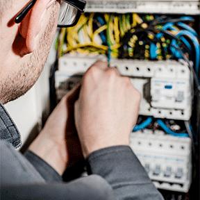 electrical-SMDB-&-DB-repair-services-in-dubai